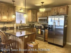 718 VALLEY CENTRE DR, 2, Driggs, ID 83422