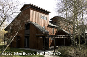 3705 N TETON DR, Wilson, WY 83014