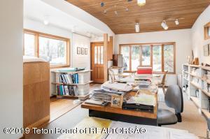625 S MILLWARD ST, Jackson, WY 83001