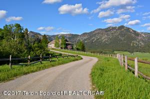 1546 STEWART TR, Alpine, WY 83128