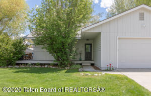 3047 RANGEVIEW DR, Jackson, WY 83001