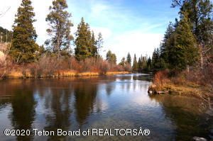 3100 N FISH CREEK RD, Wilson, WY 83014