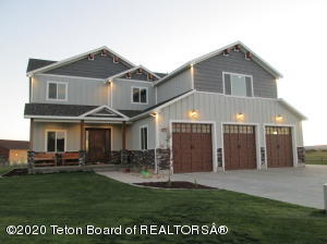 1020 MOUNTAIN MEADOW AVE, Pinedale, WY 82941