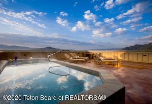 3385 W VILLAGE DR, 522, Teton Village, WY 83025