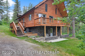 2180 E HORSE CREEK ROAD, Jackson, WY 83001