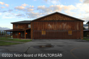 322 AIRPORT DR, 7, Alpine, WY 83128