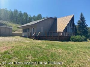 15 SAWTOOTH VIEW LN, Cora, WY 82925