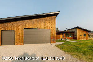 10285 COLTERS RUN TRL, Victor, ID 83455