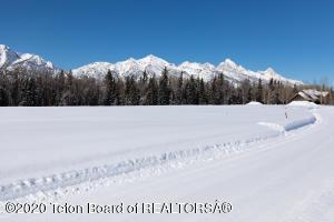 8540 PORTER LOOP, Jackson, WY 83001
