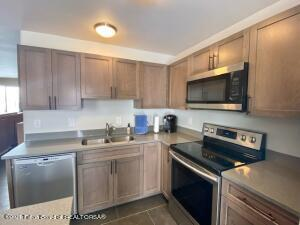 Newly Remodeled Kitchen / New Appliances / Cherry Cabinets