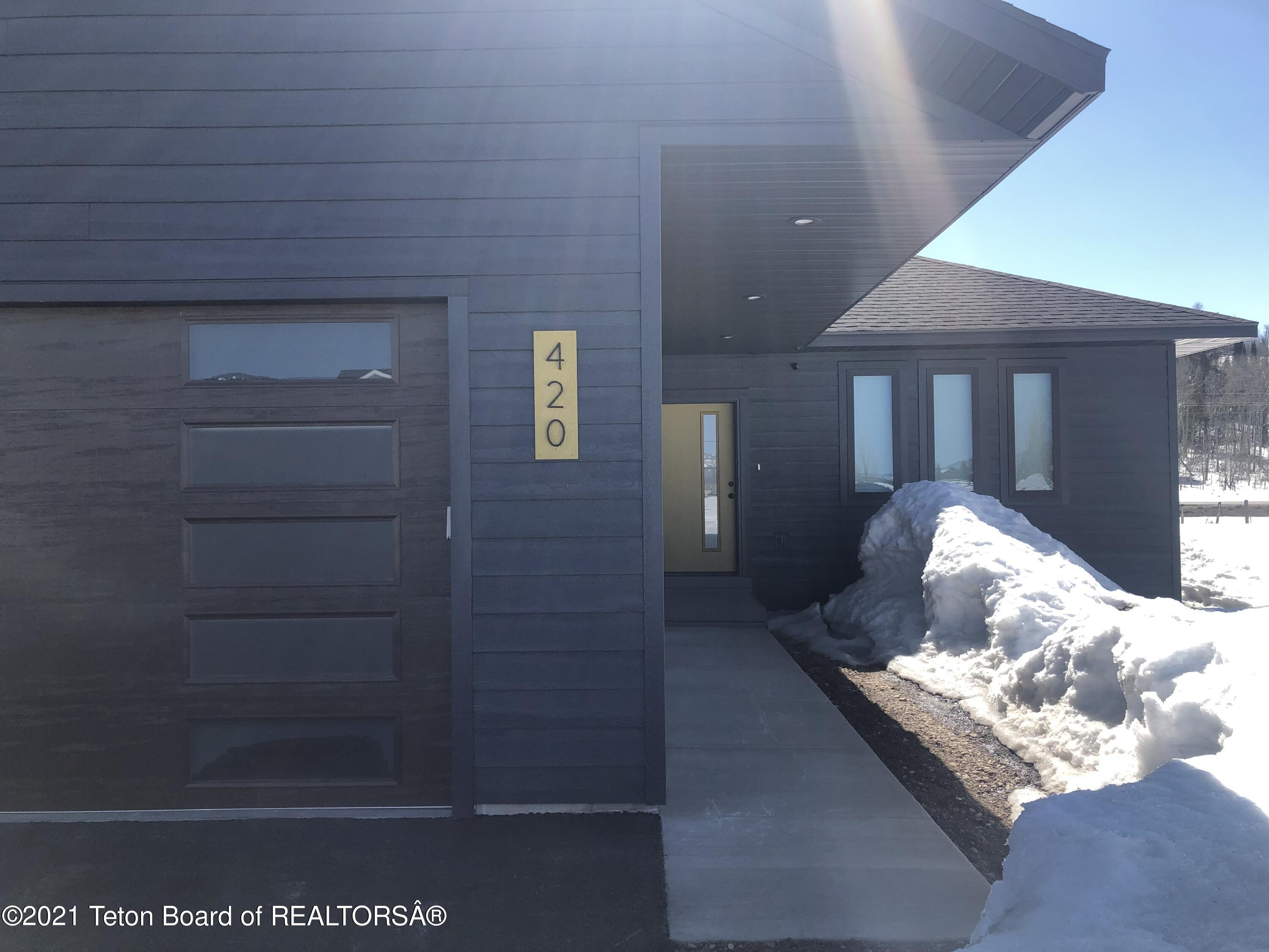 Photo of 420 SNAKE RIVER DR, Alpine, WY 83128