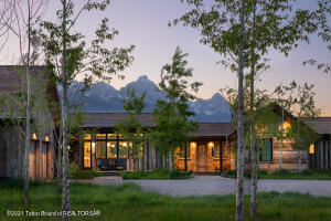 9240 N AVALANCHE CANYON ROAD, Jackson, WY 83001