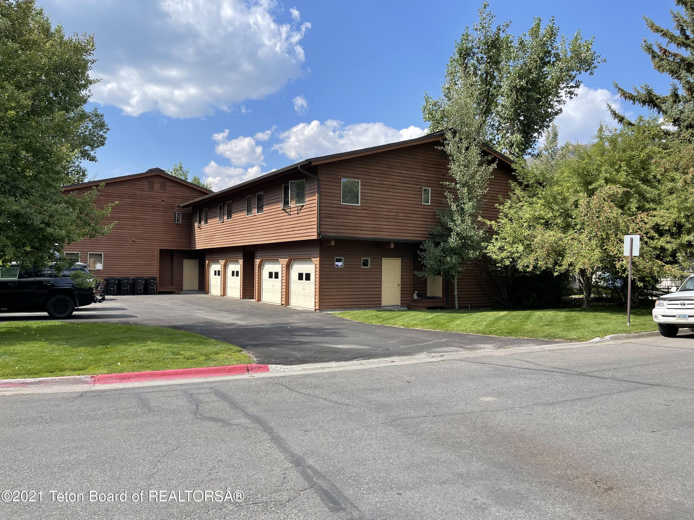 637 S MILLWARD ST B, Jackson, WY 83001