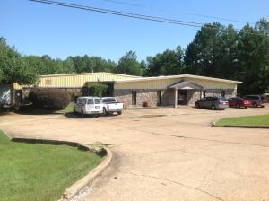 404 AIR PARK Road, Tupelo, MS 38801