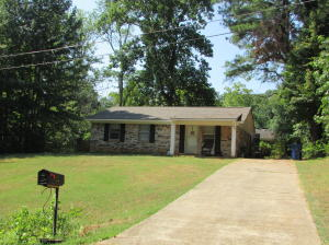 122 Eighth St., Pontotoc, MS 38863