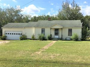 817 S 4th St., Baldwyn, MS 38824
