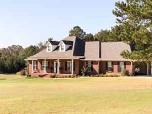 167 Pleasant Ridge Dr., Mooreville, MS 38857