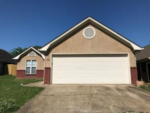 679 Albany Street, Tupelo, MS 38801