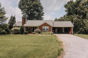 1711 CR 81, Blue Mountain, MS 38610