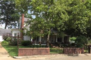 602 Clayton Ave., Tupelo, MS 38804