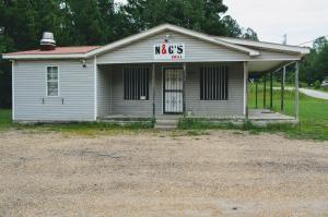 2468 Main St., Plantersville, MS 38862