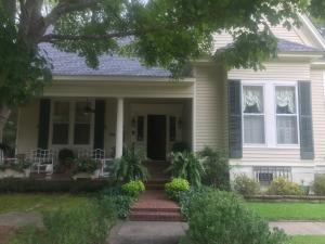 206 S Hickory St., Aberdeen, MS 39730
