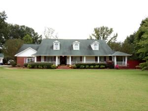 1016 CR 341, New Albany, MS 38652