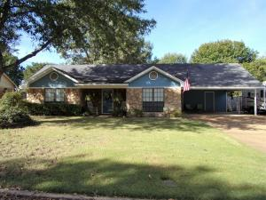 911 Holly Hill Dr., Tupelo, MS 38801