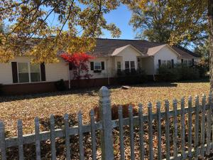 1002 Oaks Country Club Road, New Albany, MS 38652