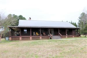 31010 Coontail Road, Aberdeen, MS 39730