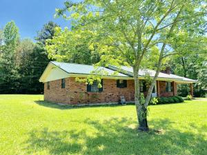 60021 Dill Drive, Smithville, MS 38870