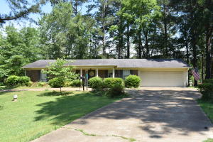 1102 Martintown Road, New Albany, MS 38652