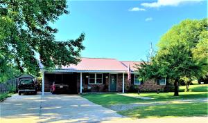 1621 Washington St., Belmont, MS 38827