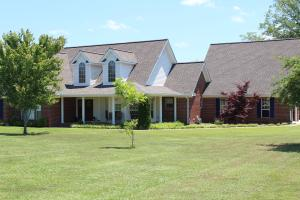 30434 Little Coontail Road, Aberdeen, MS 39730
