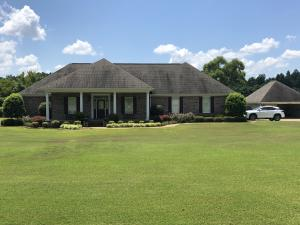 343 Timber Creek Dr, Pontotoc, MS 38863