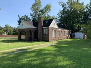 212 S 7th St., Amory, MS 38821