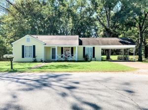 115 Broad St., Shannon, MS 38868