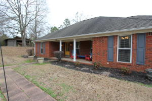 718 Hwy 30 W, New Albany, MS 38652