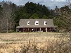 154 Hall St., Plantersville, MS 38862
