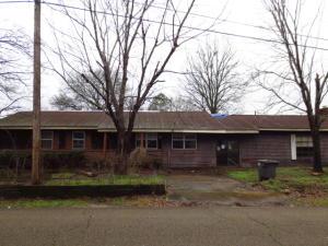 171 College Ave., Tupelo, MS 38801
