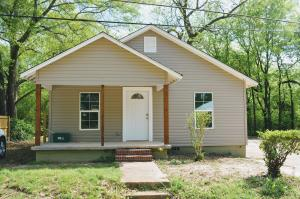 433 Walker St., Tupelo, MS 38804
