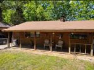 786 Walnut Lake Road, Walnut, MS 38683