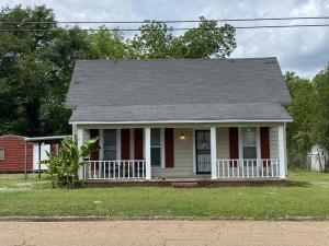 906 S Main St., Amory, MS 38821