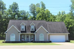 1024 Evelyn Cv., New Albany, MS 38652