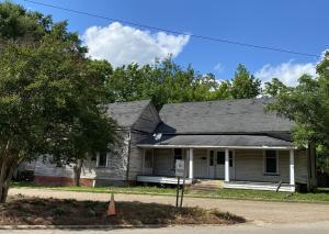 215 Highland St., New Albany, MS 38652