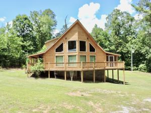 427 Lakeview Dr., Ashland, MS 38603