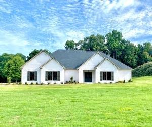 149 Burch Timbers Road, Fulton, MS 38843