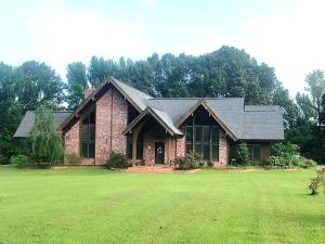 30 Mulberry Ridge Ln., Pontotoc, MS 38863