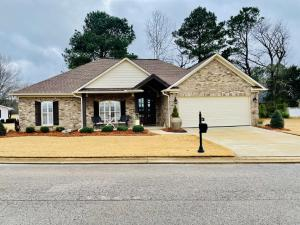 3003 Village Dr., Corinth, MS 38834