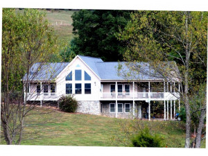 Property for sale at 916 SWIFT HOLOW Road, Mountain City,  Tennessee 37683